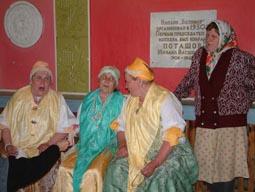 Участницы фольклорной группы с. Нюхча